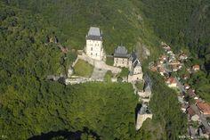 Letecké snímky hradu Karlštejn | Foto z letadla