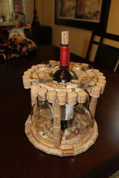 Wine Craft, Wine Cork Crafts, Wine Bottle Crafts, Wine Cork Projects, Diy Craft Projects, Fun Crafts, Paper Crafts, Craft Projects For Adults, Science Crafts