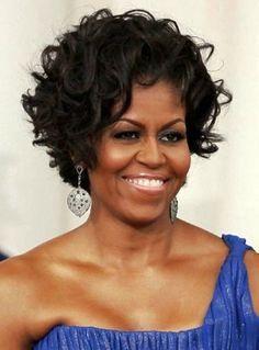 Lindos cortes de cabelos crespos, cacheados ou ondulados para mulheres maduras