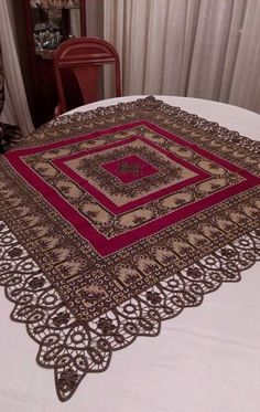 . Beaded Embroidery, Embroidery Patterns, Hand Embroidery, Palestinian Embroidery, Vintage Romance, Macrame Knots, Needlework, Bohemian Rug, Diy And Crafts
