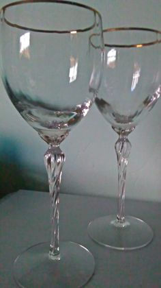 Vintage Wine Glasses by Lenox Crystal Body with Gold Rim and Twisted Long Stem Set/Vintage Lenox Long Stemmed Wine Glasses with Gold Rim Set by SparkleSet on Etsy