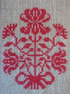 Bouquet of Flowers Cross Stitch Pattern   Felt
