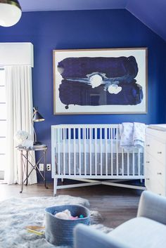 Like every year, Pantone releases its statement of the color choice of the year. The color Pantone 2020 has fallen this time on the tone of Classic blue. Baby Blue Nursery, Nursery Neutral, Baby Boy Nurseries, Nursery Room, Nursery Decor, Nursery Ideas, Neutral Nurseries, Modern Nurseries, Themed Nursery