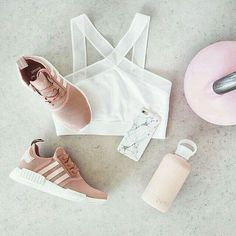 gym workout weight loss nutrition health and fitness Trend Alert: Feminine Pink Trainers Sporty Outfits, Athletic Outfits, Athletic Wear, Nike Outfits, Athletic Shoes, Sport Look, Sport Wear, Workout Attire, Workout Wear