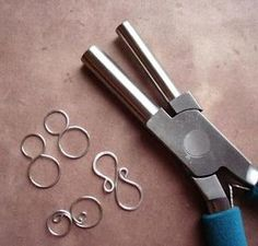 awesome DIY Bijoux - How to use the bail forming pliers.very good tutorial on a few things made with ...