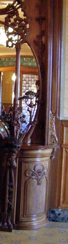 Art Nouveau - Villa Demoiselle -  Reims -  Intérieurs - Cheminée - Boiseries - Paul Alexandre Dumas (élève de Majorelle)