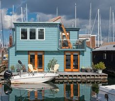 I've always loved houseboats.