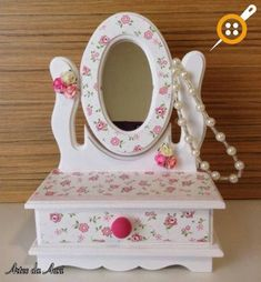 Diy Furniture Painting - New ideas Decoupage Vintage, Paper Napkins For Decoupage, Kids Jewelry Box, Diy Cardboard, Wedding Boxes, Paint Furniture, Painting On Wood, Diy And Crafts, Decorative Boxes
