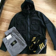 Away Days - Stone Island and Cardiff City Series Football Casual Clothing, Football Casuals, Football Outfits, Bape, Mens Clothing Styles, Clothing Items, Casual Wear, Men Casual, Cool Outfits
