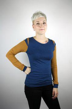 Longsleeves - Longsleeve Baumwolle blau ocker - ein Designerstück von JAQUEEN-handmade-streetwear-berlin bei DaWanda