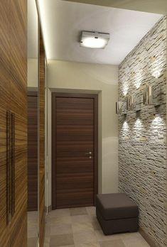 comment decorer un couloir en gris clair, marron et beige, carrelage en grandes dalles beiges, armoire à portes coulissantes en PVC, imitation bois, tabouret couleur prune