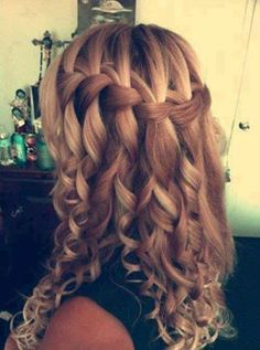 Hair Styles. This looks gorgeous!