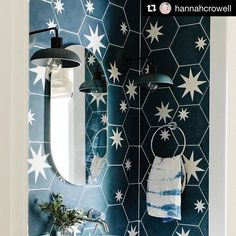 The always stunning Hex Star encaustic tile Bold Wallpaper, Bathroom Wallpaper, Bathroom Rugs, Bathrooms, Cedar And Moss, Powder Room Design, Outdoor Baths, Downstairs Loo, Encaustic Tile