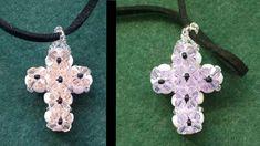 Double sided Cross pendant made with beading tutorial Leaf Jewelry, Cross Jewelry, Jewelry Crafts, Crystal Cross, Beaded Cross, Beaded Jewelry Patterns, Beading Patterns, Bracelet Patterns, Bead Loom Bracelets