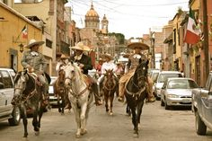 Independence Day - Mexican heroes ride San Miguel de Allende Streets