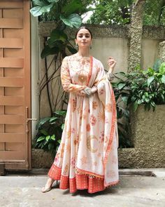 Alia bhatt light baby pink georgette digital printed long gown with dupatta Anarkali Dress, Pakistani Dresses, Indian Dresses, Lehenga Choli, Silk Dupatta, Sabyasachi, Anarkali Suits, Sarees, Indian Attire