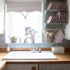 House tour: vintage styling and clever decorating ideas have helped to create a new-build that is filled with country cottage charm Country Chic Cottage, Country Style Homes, Country Cottages, Country Charm, Blue Subway Tile, Cambridge House, Cottage Interiors, New Builds, House Tours