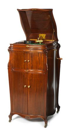 4 Polished Mahogany Sides Firm In Structure Beautiful Early 20th Century Edwardian Gramophone Cabinet Antique Furniture