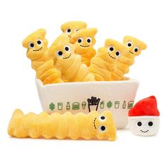 Kidrobot and Yummy World have teamed up with Shake Shack for a collection of high quality plush stuffed food toys. These removable plush crinkle fries are a sa Food Pillows, Cute Pillows, Kawaii Plush, Cute Plush, Peluche Winnie The Pooh, Food Plushies, Yummy World, Diy Crafts To Do, Cute Stuffed Animals