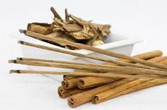 Cómo hacer jabón de sándalo. El sándalo es un árbol de origen asiático que en la medicina tradicional ha sido muy bien valorado gracias a las múltiples propiedades que contiene y que son muy beneficiosas para la salud del cuerpo ...