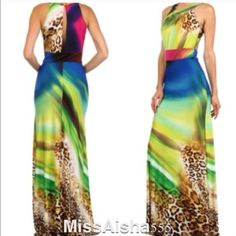 💥💥Stunning long  maxi dress SALE Absolutely stunning head turning maxi dress! This dress is unbelievably beautiful on Dresses Maxi