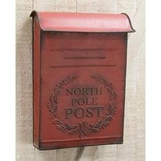 North Pole Post Box is a rustic metal mailbox that is painted in a deep red finish with lightly distressed edges. Features an embossed image that displays Post Box Vintage, Vintage Mailbox, Metal Mailbox, Vintage Ideas, Vintage Farmhouse Decor, Vintage Home Decor, Vintage Style, Bedroom Vintage, Farmhouse Chic