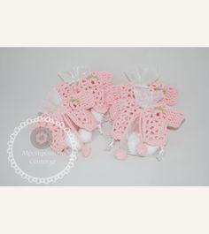 Κέρασμα γέννας με πλεκτό ζακετάκι ροζ