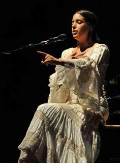 Beatriz Romero González Dance, Statue, Live, Inspiration, Spain, Amor, Flamingo, Elves, Dancing