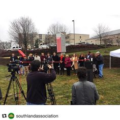 """#Repost @southlandassociation  Our Southland sign is complete!  The ribbon cutting ceremony today was amazing! Just one of many improvements to the area in recent years and a """"sign"""" of more good things to come! #sharethelex#uniquelysouthland #southlanddrive #lexingtonky #lexky #lexingtonkentucky"""