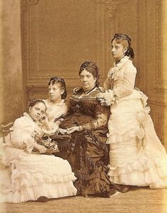 Queen Isabella II and her daughters