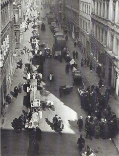 Blick in die Grenadierstraße im Scheunenviertel, 1931. Fotograf unbekannt.