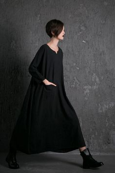 Black linen Dress Loose-Fitting dress- Casual Everyday Maxi Plus Size Linen Dress with Pockets & Sweetheart Neckline Trending Item (C528)