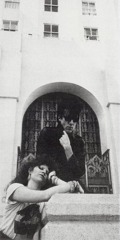 The Cramps - Ivy and Lux at the Hollywood Forever Cemetery from 'Rock and Folk' Oct. 1982 photo by Dominique Cazenave Proto Punk, Hollywood Forever Cemetery, The Cramps, The New Wave, Punk Goth, Psychobilly, Music Icon, Poison Ivy, Music Stuff