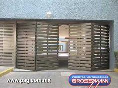 Puerta Plegadiza hacia afuera (4 Módulos) - YouTube