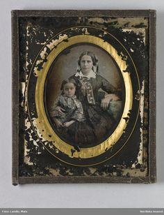 Familjeporträtt @ DigitaltMuseum.se