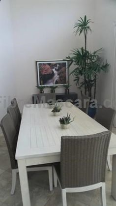 Villa 763 RCL Sosua Featuring a terrace with garden views, Villa 763 RCL is a villa, situated in Sos?a. The air-conditioned unit is 600 metres from Sos?a. Towels and bed linen are featured in this villa. There is a private bathroom with a bath.