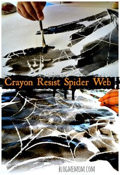 Simple Halloween Art project for toddlers and preschoolers. Crayon resist Spider web. #halloween crafts