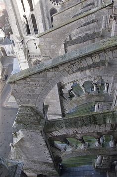 Chartres - Flying Buttresses