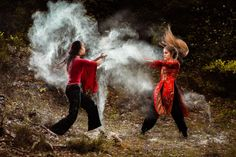 """Creating the Photograph: Thomas David's """"Dust and Fight"""""""