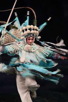 "Zi Rui performs ""Female Generals of the Yang Family"" (楊門女將). Photo: China National Peking Opera Comp"