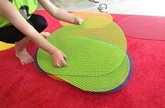 Usar individuais de mesa para marcar lugar no chão