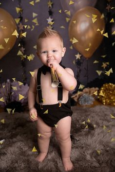 HAPPY NEW YEAR boys cake smash set, boys clothing, birthday outfit, photo prop - Geburtstag Baby New Year, One Month Baby, First Birthday Pictures, Baby Boy First Birthday, Baby Boy Photos, Baby Pictures, Funny Baby Photography, Girl Photography, 1st Birthday Photoshoot