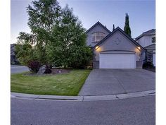 THIS PROPERTY IS NOW SOLD.  34 MT ALBERTA BAY SE, Calgary Offered at $875,000