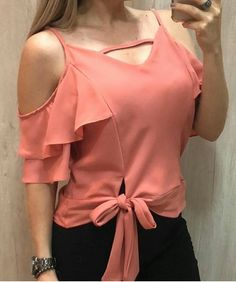 7 Colors Women Summer Fashion V Neck Spaghetti Strap Cold Shoulder Ruffle Bandage Blouse Tees Girls Sweet All-Match Blusa Tops Classy Outfits, Trendy Outfits, Cute Outfits, Blouse Styles, Blouse Designs, Sleeves Designs For Dresses, Sewing Blouses, Streetwear, Stylish Tops