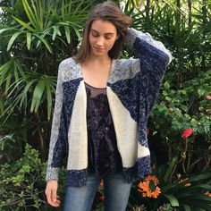 """END OF SEASON SWEATER SALEForever 21 Shrug Open shrug from Forever 21, blue and white patterned, lightly worn.  I am modeling all the clothes. My height is 5'9"""".  Make me an offer!!  Forever 21 Sweaters Shrugs & Ponchos"""