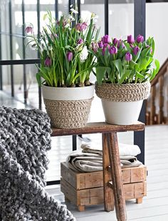 spring decorations home purple tulips-pots-skandinavian-style