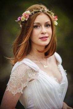 Noivas!!O que acham de relembrarmos alguns casamentos das novelas, para tirarmos inspirações de vestidos de noiva? Aliás, as novelas arrasam com vestidos incr