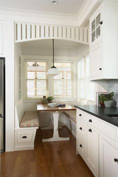 Minnetonka Cottage Kitchen - Design, Award Winners - Builder Magazine Great Nook idea for small space
