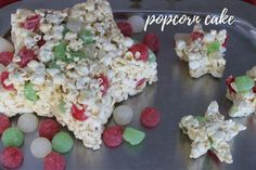 The easiest cake you'll ever make! Marshmallow Popcorn, Popcorn Cake, Popcorn Mix, Easy Holiday Recipes, Easy Recipes, Easy Meals, Breakfast, Food, Easy Keto Recipes