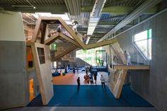 Gimnasio y Centro de Habilidades Motoras de Aarhus / Aarhus Gymnastics and Motor Skills Hall - Archkids. Arquitectura para niños. Architecture for kids. Architecture for children.